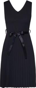 Czarna sukienka Haily's bez rękawów