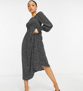 Sukienka Missguided Petite midi z długim rękawem