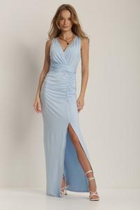 Niebieska sukienka Renee maxi z dekoltem w kształcie litery v