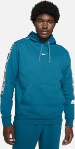 Niebieska bluza Nike z dzianiny w sportowym stylu