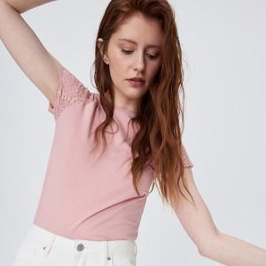 Różowy t-shirt Sinsay z krótkim rękawem w stylu casual