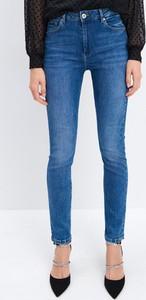 Niebieskie jeansy Mohito w stylu casual