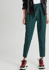 Zielone spodnie Cropp w stylu klasycznym