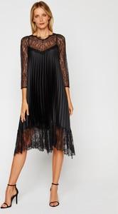 Sukienka Nissa z długim rękawem