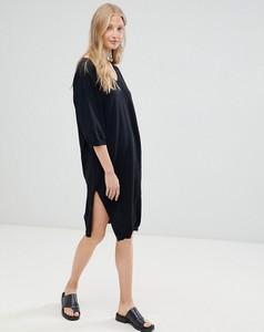 Czarna sukienka D.Ra z długim rękawem midi