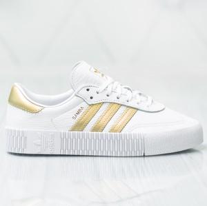 Trampki Adidas w sportowym stylu niskie z płaską podeszwą