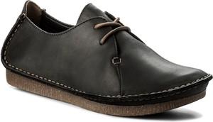 Półbuty clarks - janey mae 261114284 black leather