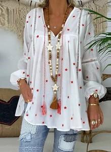 Bluzka Sandbella w stylu boho z dekoltem w kształcie litery v z długim rękawem