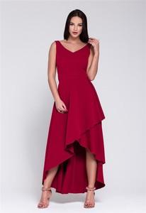 Czerwona sukienka Fokus z dekoltem w kształcie litery v bez rękawów