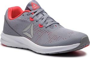 Buty sportowe Reebok w geometryczne wzory w sportowym stylu