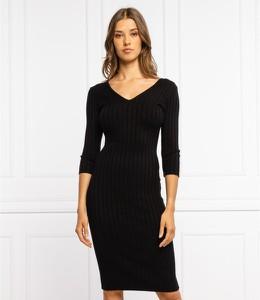 Sukienka Guess z dekoltem w kształcie litery v mini w stylu casual