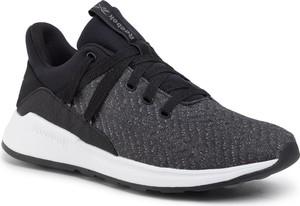Czarne buty sportowe Reebok sznurowane z płaską podeszwą