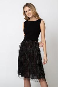 Czarna sukienka QUIOSQUE z tiulu bez rękawów