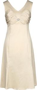 Sukienka Fokus w stylu glamour bez rękawów