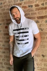 T-shirt Trendyol z krótkim rękawem w młodzieżowym stylu z nadrukiem