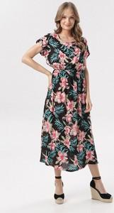 Sukienka born2be w stylu casual midi rozkloszowana