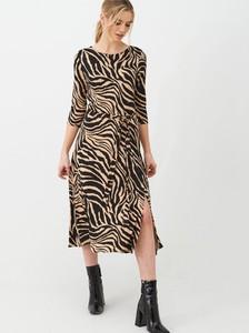 Sukienka Wallis midi w stylu casual