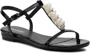 Czarne sandały Quazi ze skóry ekologicznej z płaską podeszwą