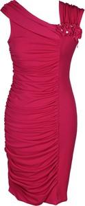 Czerwona sukienka Fokus midi z dzianiny bez rękawów