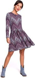 Sukienka MOE rozkloszowana mini z długim rękawem