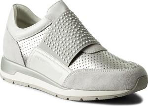Szare buty sportowe geox na koturnie
