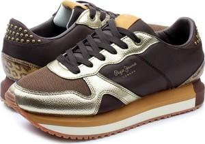 Sneakersy Pepe Jeans w młodzieżowym stylu na platformie