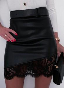 Czarna spódnica Sandbella w stylu casual ze skóry ekologicznej