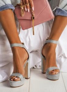 Sandały deezee na platformie