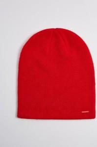 Czerwona czapka Diverse