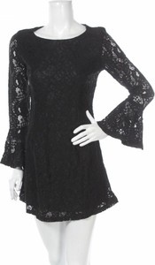 Czarna sukienka Loveriche