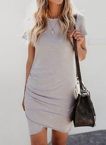 Sukienka Sandbella w stylu casual z krótkim rękawem