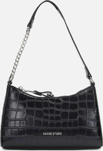 Czarna torebka Kazar lakierowana duża w stylu glamour