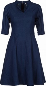 Niebieska sukienka VISSAVI trapezowa w street stylu mini
