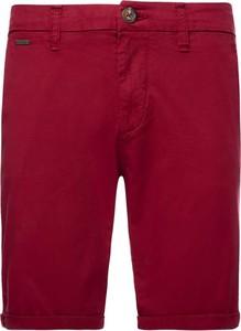 Czerwone spodenki Guess w stylu casual