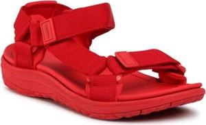 Czerwone sandały Sprandi z klamrami w stylu casual z płaską podeszwą