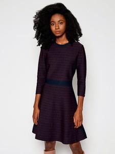 Fioletowa sukienka Tommy Hilfiger z okrągłym dekoltem w stylu casual