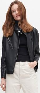 Czarna kurtka Reserved w stylu casual krótka