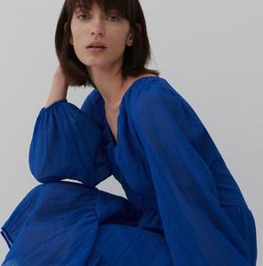 Niebieska sukienka Reserved z tkaniny z długim rękawem z kołnierzykiem