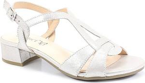 Sandały Caprice na niskim obcasie w stylu casual ze skóry