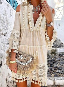 Sukienka Cikelly mini w stylu boho z długim rękawem
