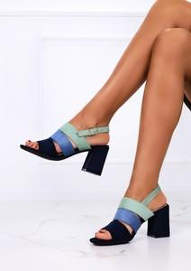 Granatowe sandały Casu ze skóry