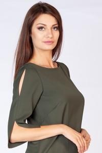 Zielona sukienka butik-choice.pl z długim rękawem z okrągłym dekoltem