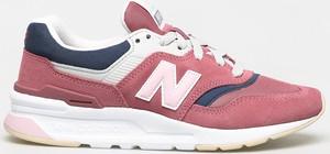 Buty sportowe New Balance sznurowane z zamszu na platformie