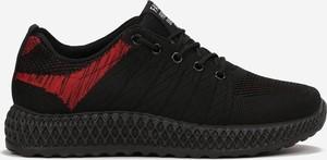 Czarne buty sportowe dziecięce born2be ze skóry