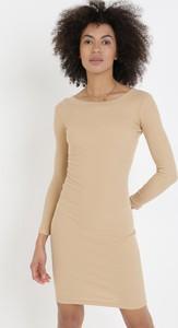 Sukienka born2be z długim rękawem z okrągłym dekoltem w stylu casual