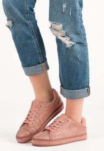 Różowe buty sportowe Czasnabuty niskie z płaską podeszwą