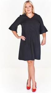 Czarna sukienka Fokus z długim rękawem z dekoltem w kształcie litery v ołówkowa