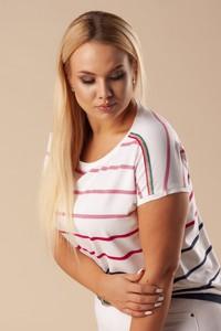 Bluzka Ptakmoda.com z krótkim rękawem w młodzieżowym stylu