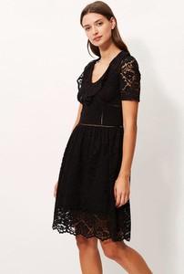 Czarna sukienka Sandro Ferrone z krótkim rękawem