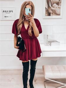 Czerwona sukienka magmac.pl z krótkim rękawem